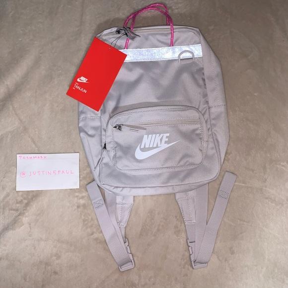 New Nike Tanjun Kids Back pack 15L Unisex Bag